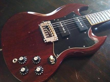 http://www.guitarnerd.com.au/wp-content/uploads/2013/06/20130623-182158.jpg